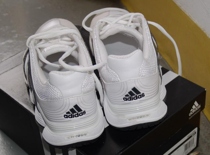 中秋战利品Adidas Carbon Stabil